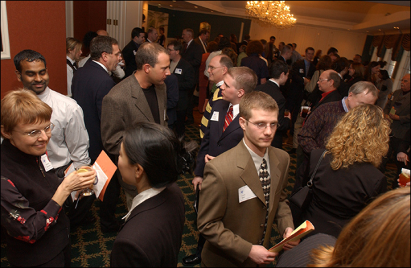 people networking event resized 600