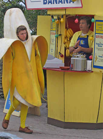 banana stand resized 600